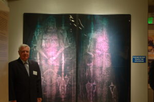 Dr. Petrus Soons in front of Life Size Holograms, Sacramento, USA