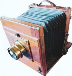 Voigtlander Camera used by Pia