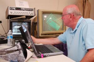 Pete Schumacher with VP-8 Image Analyser