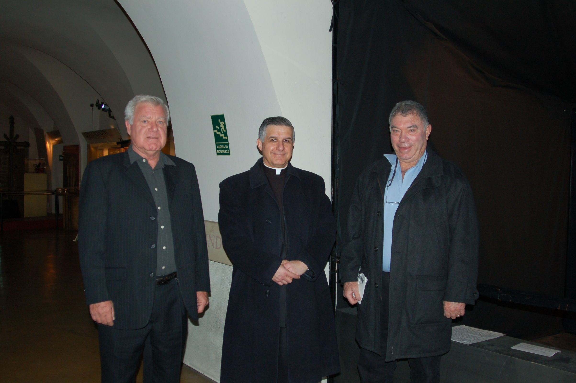 Father Guerra, Dr. Soons, A. Danin in Museo Della Sindone
