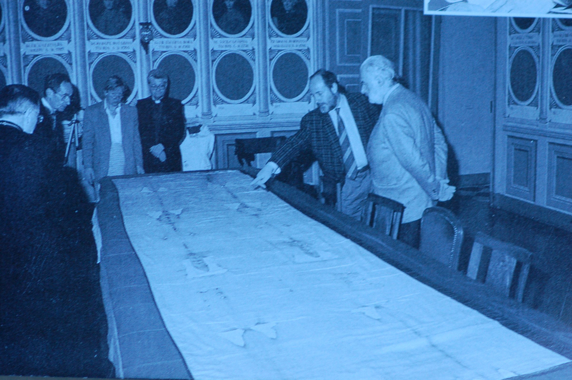 Photo 2. Inspection Shroud after fire 1997 Turin
